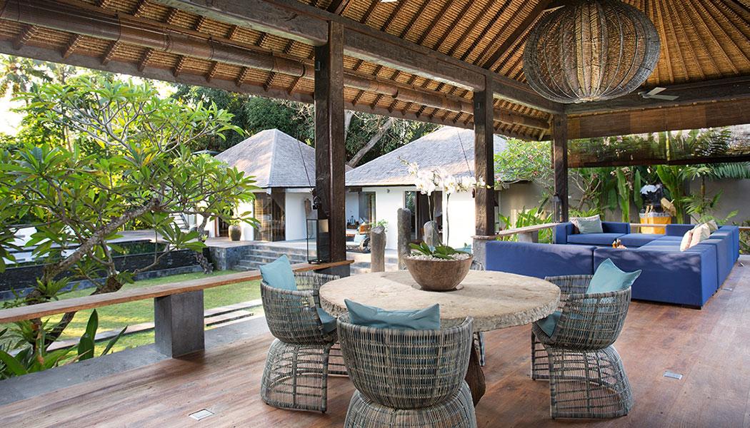 Villa-Levi---Casual-dining-room-Web